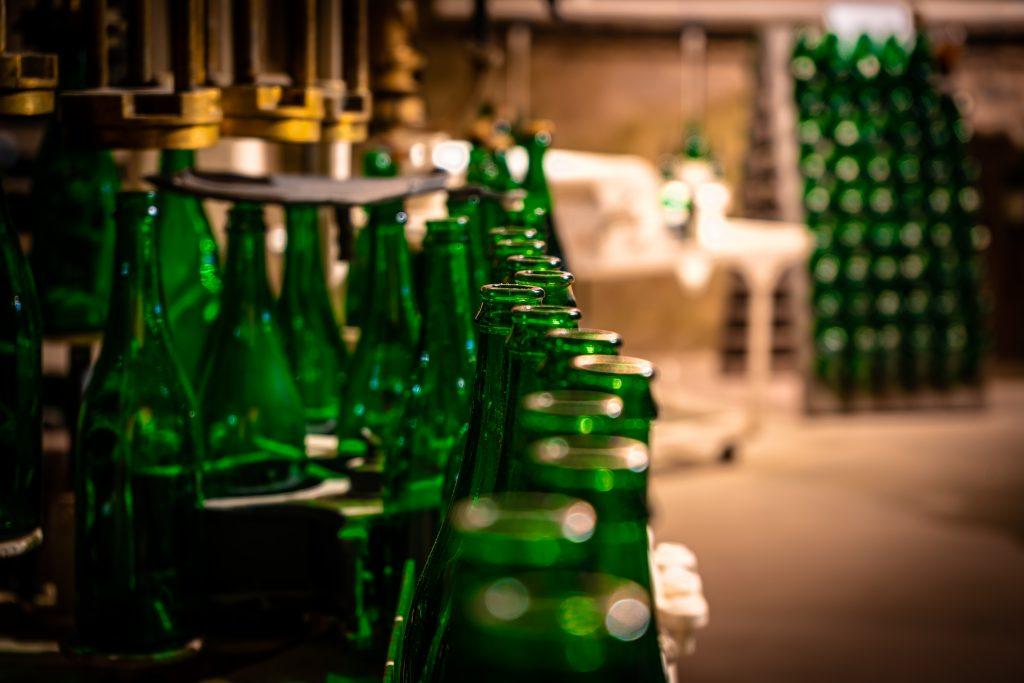 Fotografie von Sektflaschen in Nahaufnahme